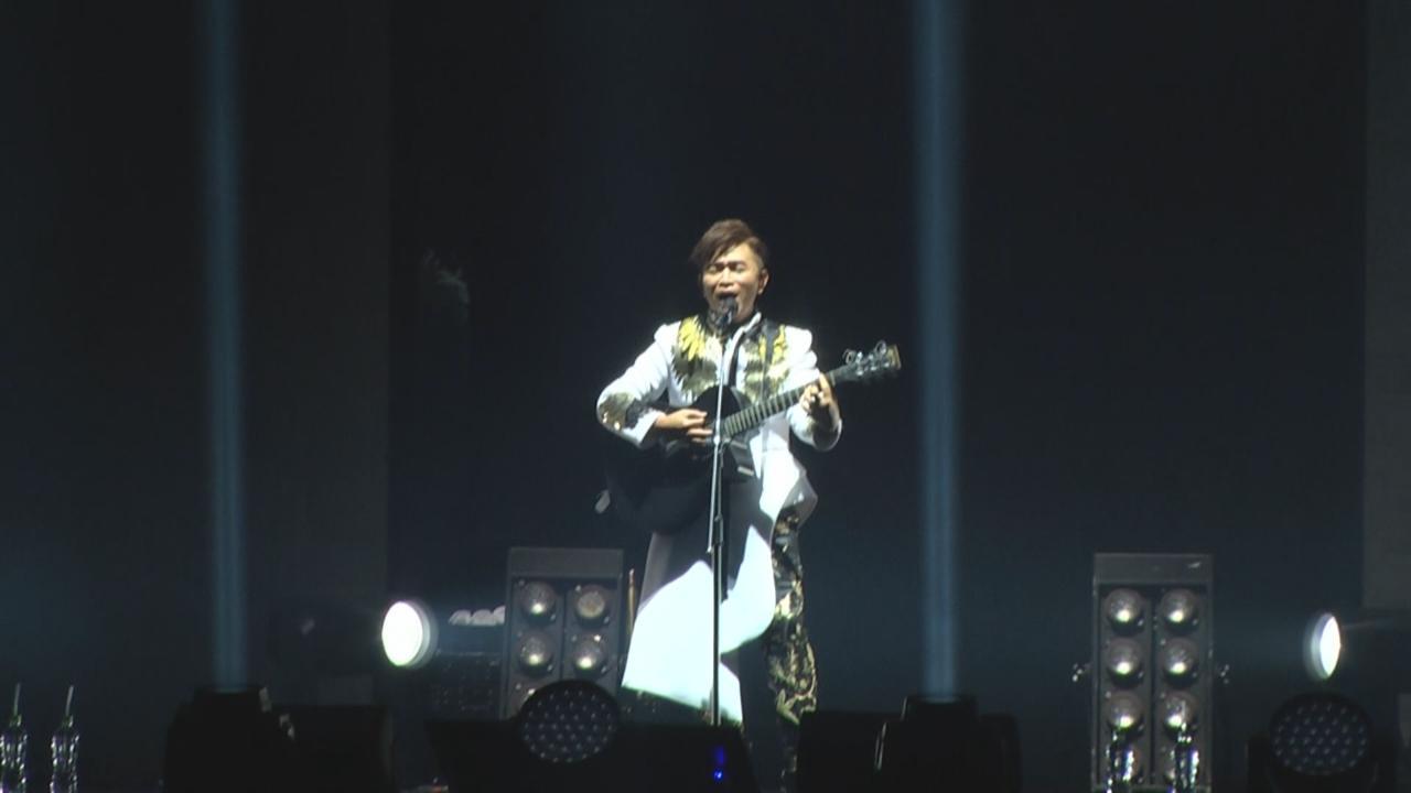 台北舉行首個演唱會 吳宗憲自彈自唱展才華