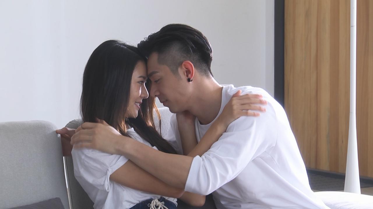 (國語) 邀師妹戴祖儀拍攝新歌MV 周柏豪拍親熱鏡頭零尷尬
