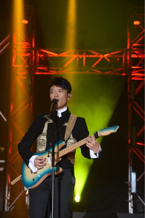 李克勤上星期剛剛於新加坡舉行《李克勤成立三十週年世界巡迴演唱會》
