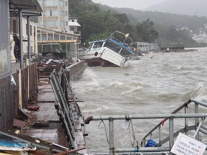 西貢海旁風後現況2