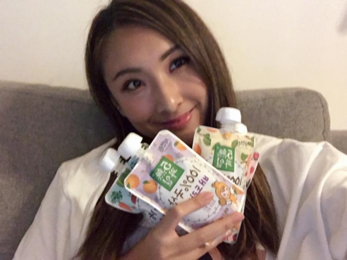 試飲健康果汁 ٩(˃̶͈̀௰˂̶͈́)و