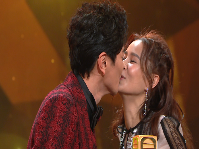 全台藝員恭喜阿蕭蕭太