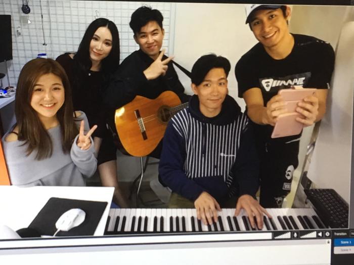 翟威廉 17-1-2019 Happy Live