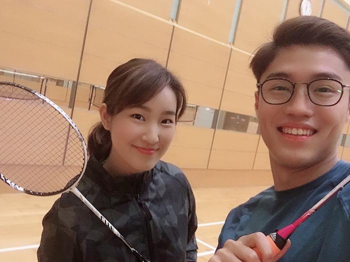 Badminton with 丁子朗 🏸黃碧蓮