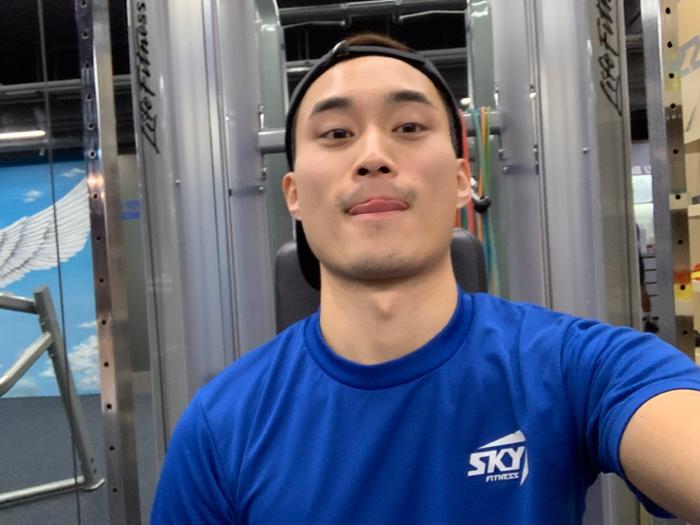 gym with Vitas