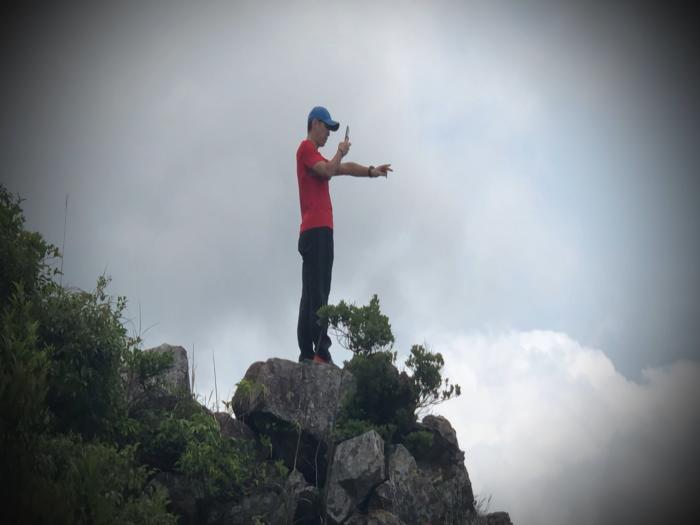 漠視「危險勿進」路牌懸崖邊險象環生(預告篇)