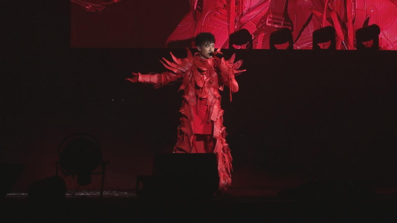 古巨基巡唱香港站尾場 獻唱金曲與粉絲打成一片