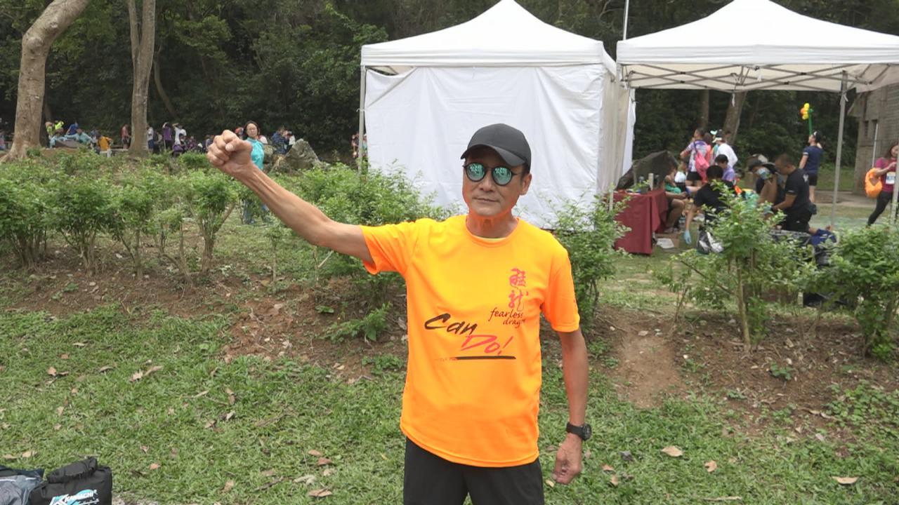 梁家輝相隔45年再落場跑步 下月再赴青島參加馬拉松