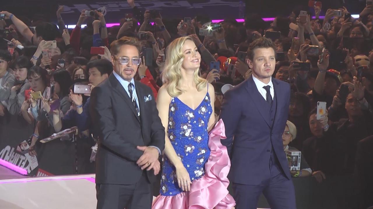 超級英雄出席首爾見面會 大合唱為幸運影迷慶祝生日