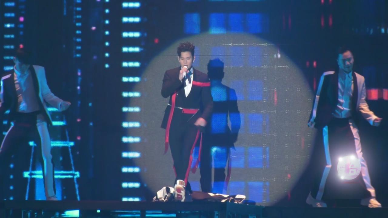 首個台北小巨蛋演唱會 周興哲以勁歌開場炒熱氣氛