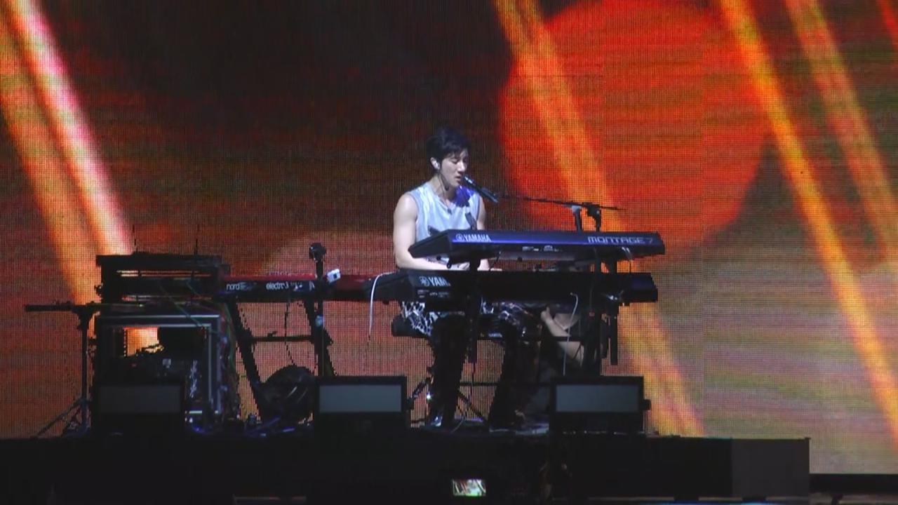 王力宏演唱會第二場 陶喆放下兒子與太太到場支持