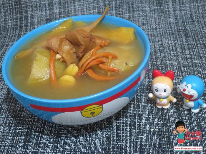 小小豬湯水篇 - 蟲草花螺頭節瓜瘦肉湯