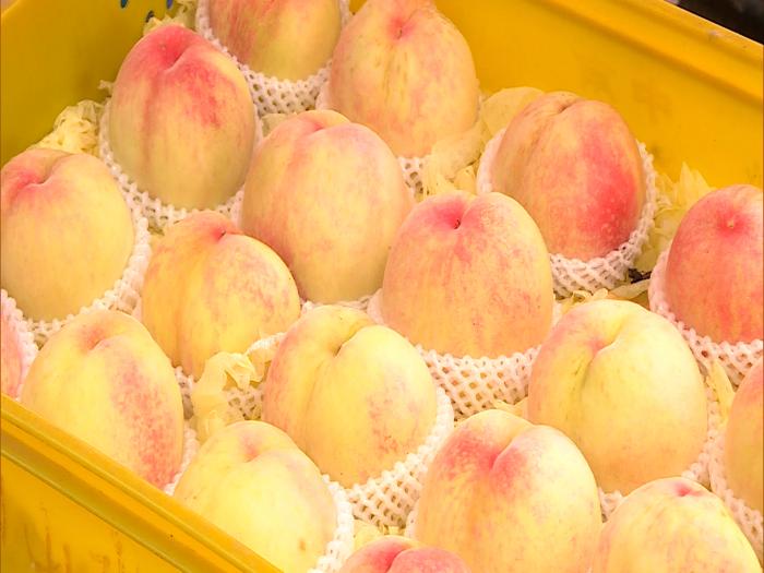 天下第一爆汁水蜜桃首度登陸香港BIG BIG賣