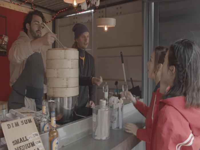 【荷蘭長版】盈盈麥明詩食荷蘭仔…嘅點心