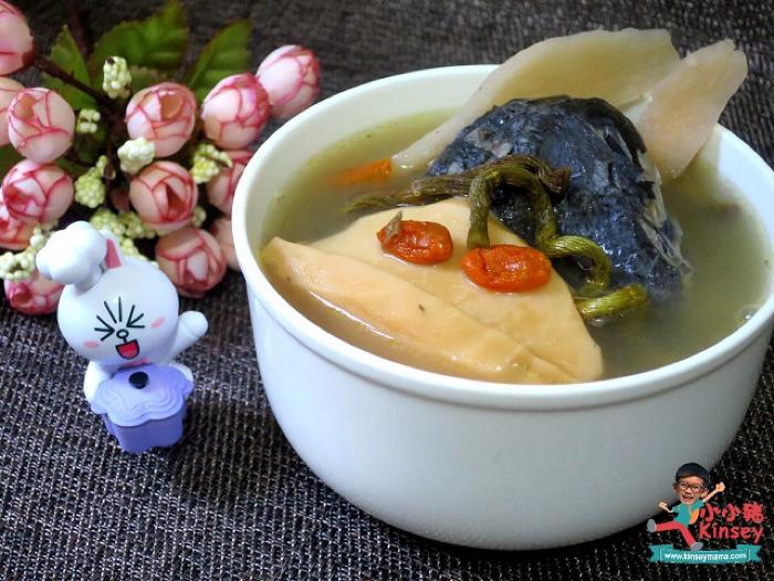 小小豬湯水篇 - 石斛太子蔘螺片烏雞湯
