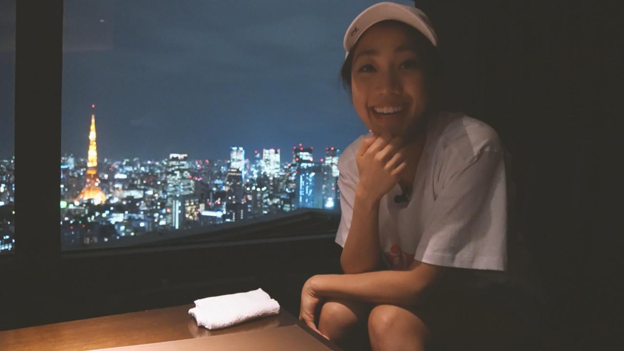 日本堅離地酒吧 摸住杯底東京鐵塔任你睇