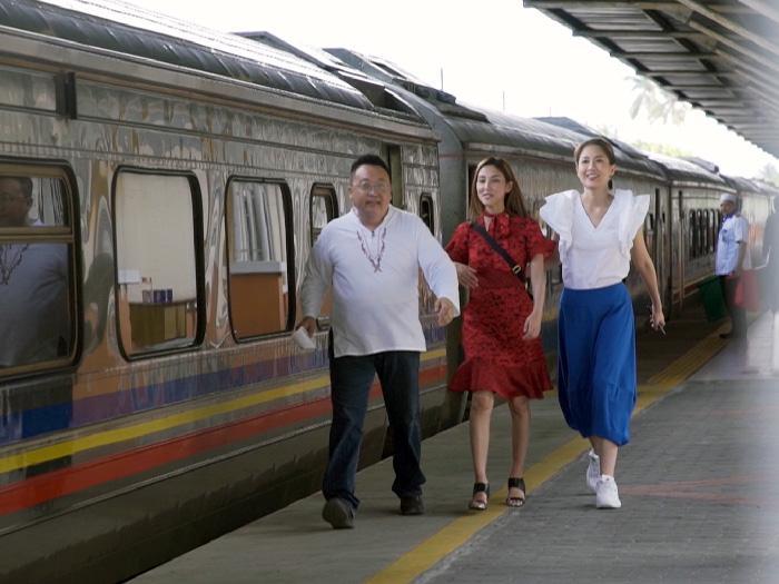 雙陳結伴坐火車