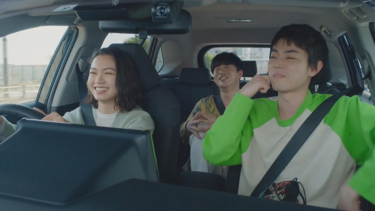 (國語)菅田將暉為品牌拍宣傳片 與拍檔分享駕駛樂趣