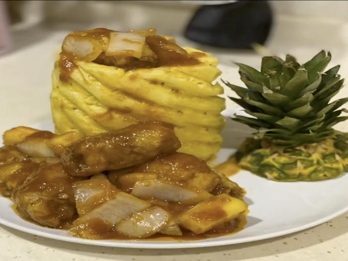 【菠蘿咕嚕肉】別出心裁!另類煮法見廚人創意巧思!