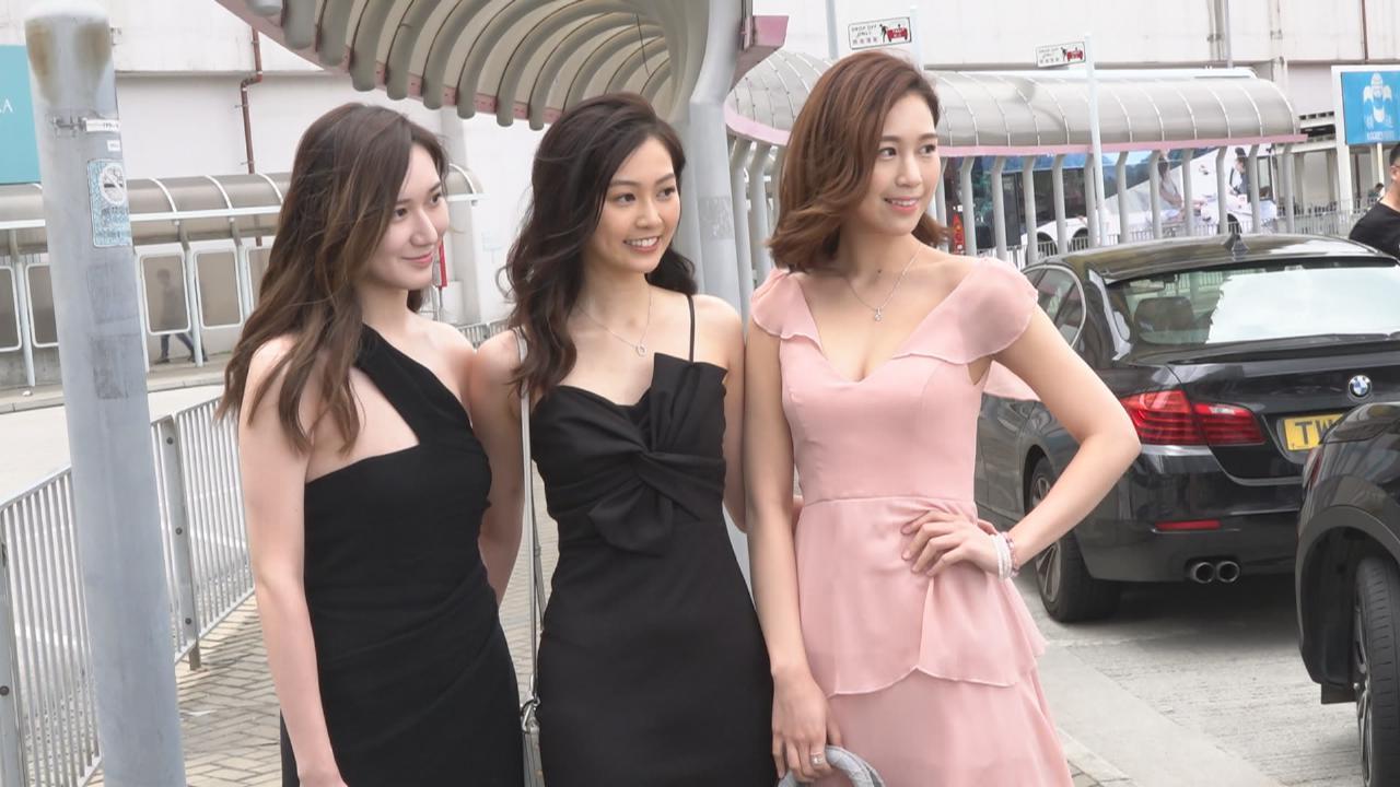 2020香港小姐競選第二輪面試 參賽者悉心打扮見評判