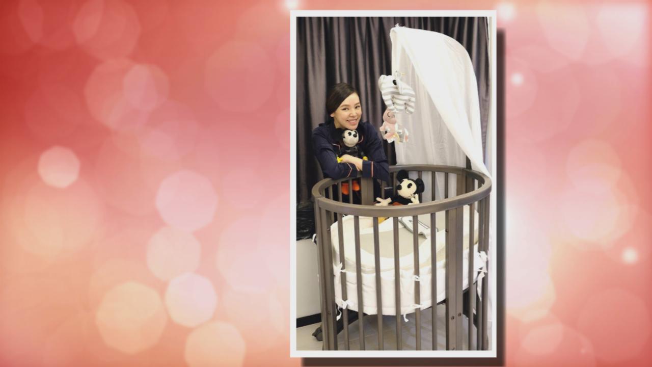 (國語)社交網站宣布剖腹產女 譚凱琪分享愛女小腳照