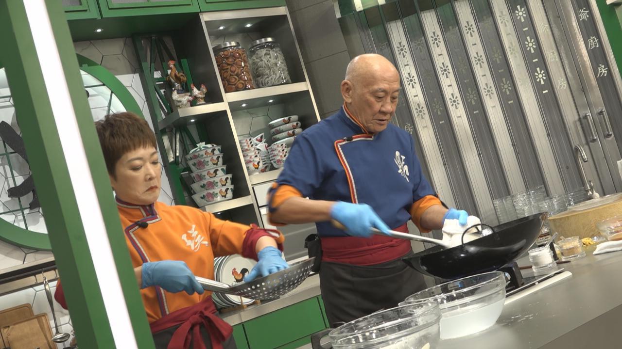 密密為鼎爺做節攻略拍攝 李家鼎炮製大閘蟹菜式
