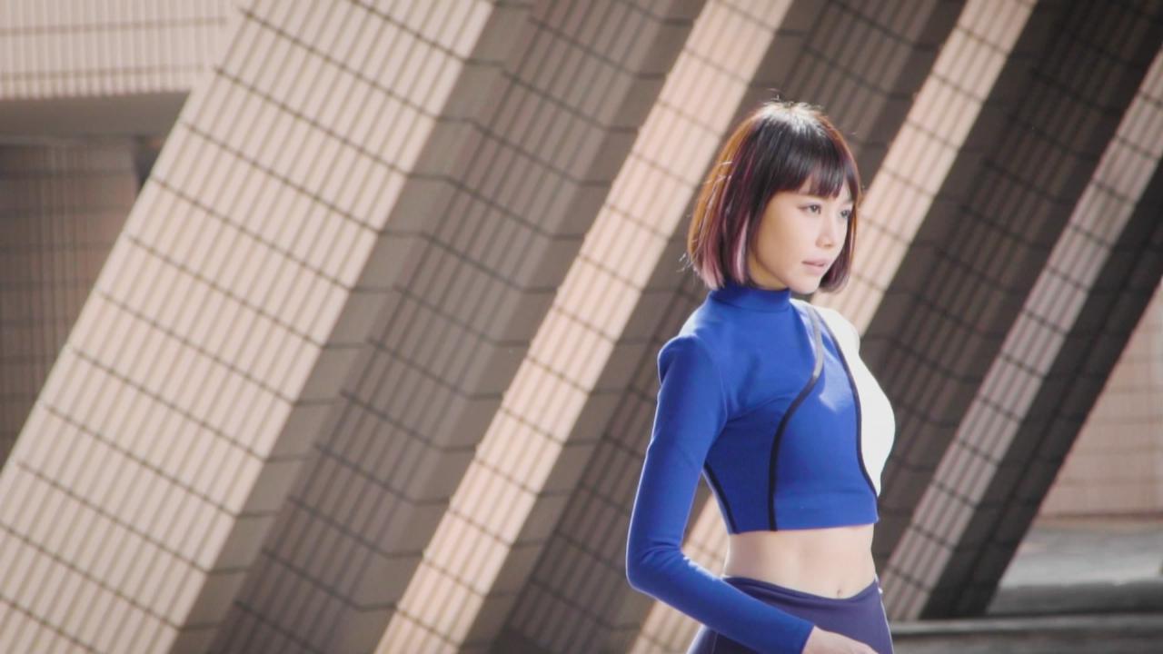林明禎拍攝全新廣告 洋溢青春活力氣息