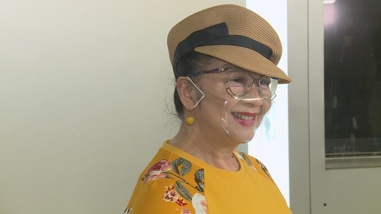 完成右眼血管手術後復工 薛家燕去年察覺雙眼有異樣
