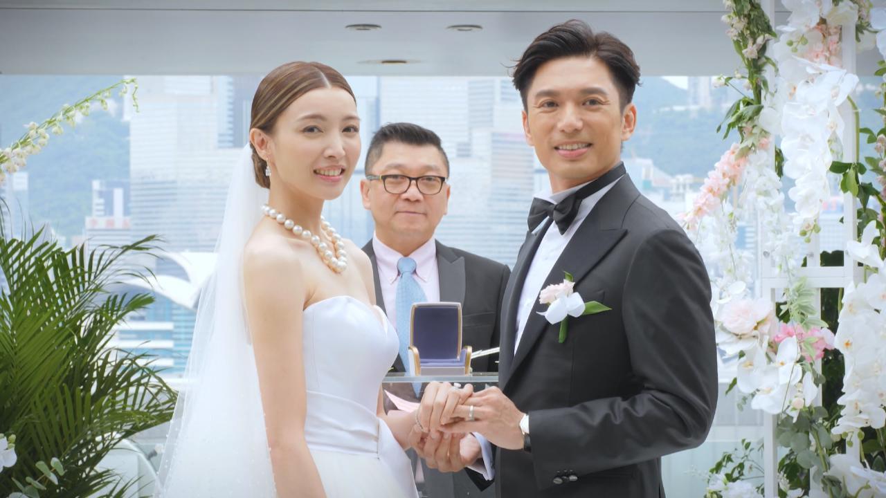 薛世恒再婚迎娶圈外女友 宣讀誓詞時表現激動