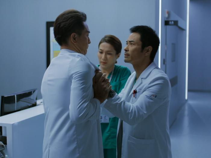 第六集:許甘楓不滿況叢昕暗中拉攏醫學院!